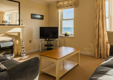 13 Great Cliff, Dawlish
