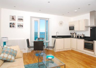 The open-plan living & dining area and kitchen at 14 At The Beach, Torcross