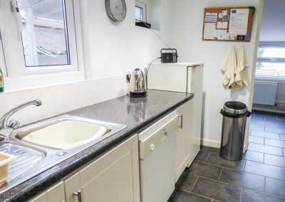 The kitchen at 14 Bramble Hill, Bude