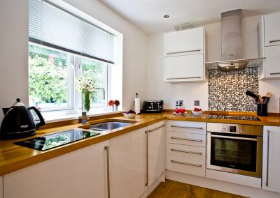 The kitchen at 19 At the Beach, Torcross