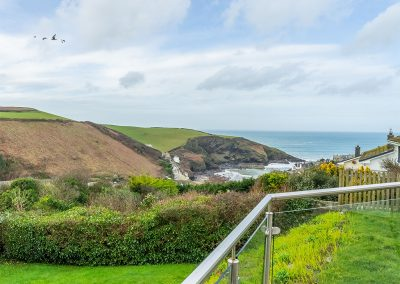 The garden and view at 2 Silvershell View, Port Isaac