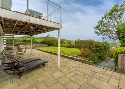 The patio at 21 Silvershells, Port Isaac