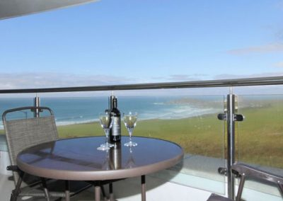 Enjoy al fresco dining on the balcony @ 23 Ocean Gate, Newquay