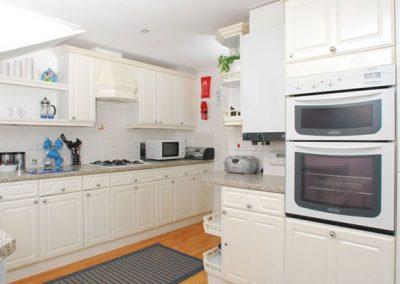The kitchen @ 28 Moorings Reach