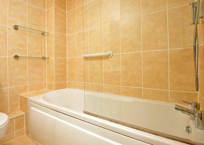 The bathroom at 30 Trinity Mews, Torquay