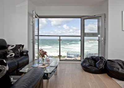 The living area at 5 Fistral Beach, Newquay
