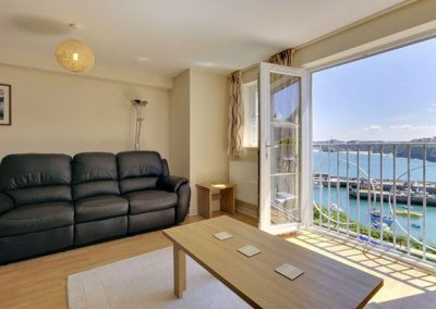 Lounge @ 6 Harbour View