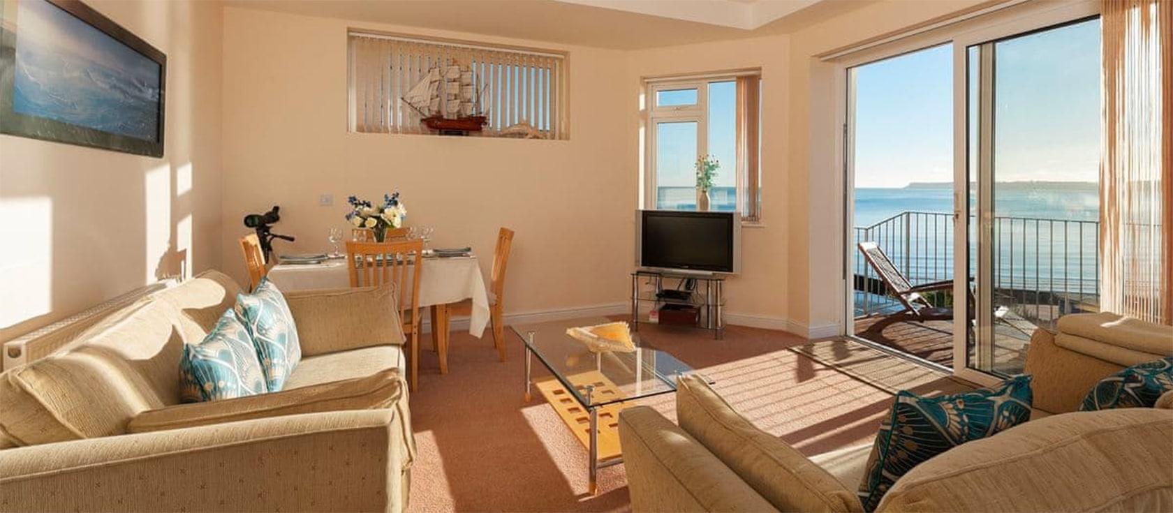 7 Vista Apartments, Paignton | Holiday cottages in Devon ...