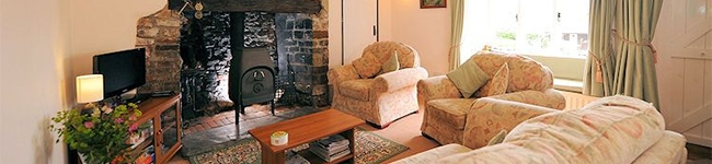 Adipit Cottage, Bideford - A traditional cottage set within five acres of grounds in the North Devon countryside.