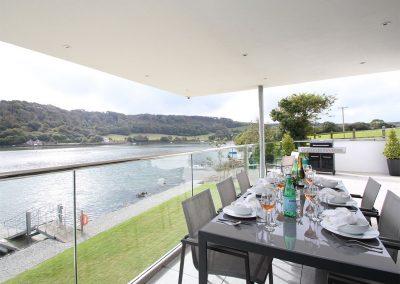 The balcony & barbecue at Ancarva, Millbrook