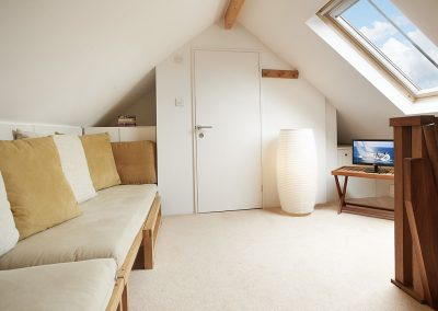 The first floor loft at Apple Barn, East Portlemouth can accomodate two extra older children / teenagers using futon beds