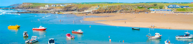 Bude, located right between Devon and Cornwall, has beaches that can easily rival the world's best: surfing, swimming, diving and beach volleyball are just some of fun things you can do here.