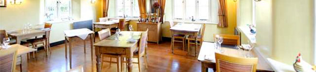 There is no shortage of great places to dine out in Devon from your self-catering cottage, but when you are staying for just seven days, how do you narrow down the options? Here are some hidden gems and off-the-beaten-track favourites recommended by a local, which will certainly not disappoint.