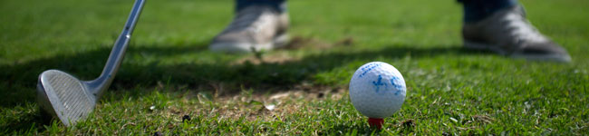 Golfers often dream of holidaying in Spain or Portugal, but great golfing holidays can be enjoyed much closer to home, for a fraction of the price. The South West of England has some of the best championship golf courses in the UK, along with fantastic scenery, mild sunny weather and great self-catering accommodation. Cut out the airfare and hotel costs and rent a cottage in Devon or Cornwall within easy reach of one of these top golf courses.