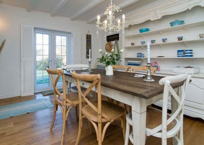 The dining area @ Barn Cottage with access to the garden