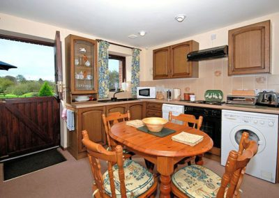 The kitchen & dining area @ Barn Owl Cottage