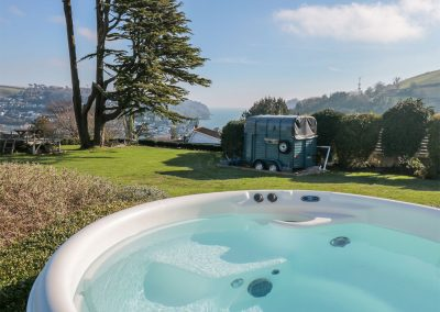 The hot tub & outdoor bar at Barrington House, Dartmouth