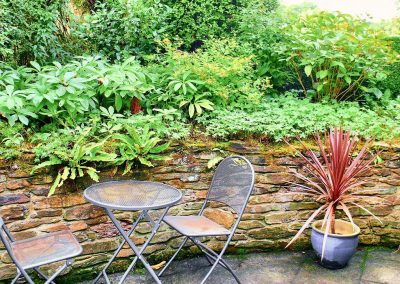 The patio at Beehive Cottage, St Breock