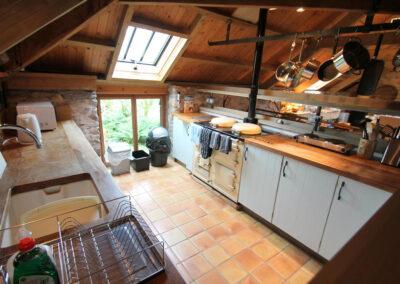The kitchen at Bentwitchen Barn Cottage, North Heasley