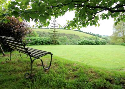 The garden at Bentwitchen Barn Cottage, North Heasley