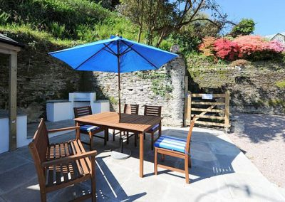 The patio area @ Black Pit Cottage, Woolacombe is ideal for alfresco dining