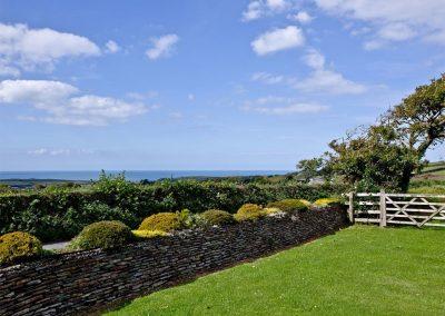 The front garden at Brambles Cottage, Wooda Farm, Bush