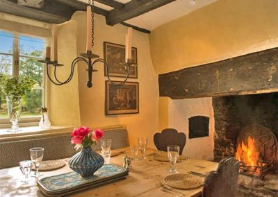 The dining area at Brooks Cottage, Dunsford
