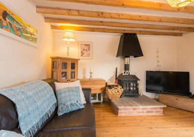 The living area at Bubble Cottage, Watergate Bay