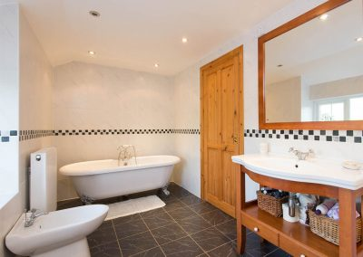 The bathroom at Bubble Cottage, Watergate Bay