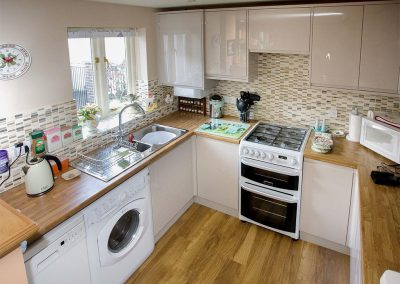 The kitchen at Cherry Tree Cottage, Bovey Tracey
