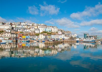 Cliff Cottage, Brixham has far reaching views over the harbour and bay