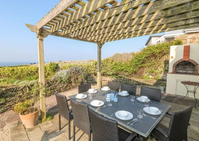 The patio & barbecue area at Coastman's Nest, Trenance