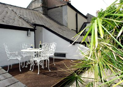 The suntrap decked terrace at Cousham Cottage, Cawsand