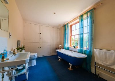 Bathroom #1 at Crocadon Farmhouse, St Mellion
