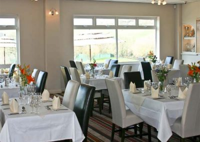 Stay at Dartmoor Edge Lodge, Tedburn St Mary and enjoy the on-site facilities which includes a restaurant and bar