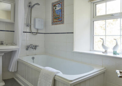 The bathroom at East Hill Cottage, Parracombe