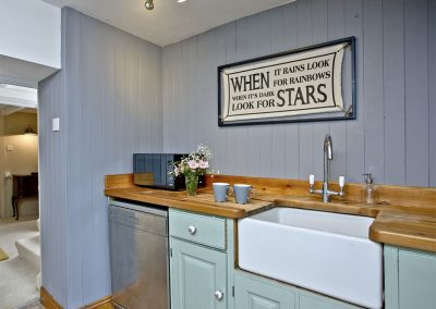 The kitchen at Evies Cottage, Higher Brixham