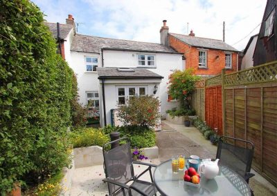 The courtyard garden at Fisherton Cottage, Poughill
