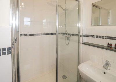 The bathroom at Five Elements Farmhouse, Three Burrows