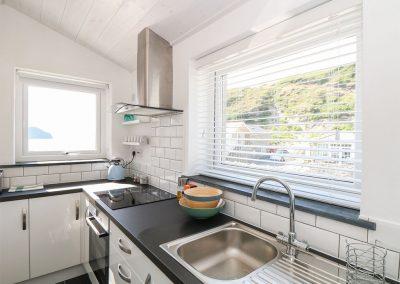 The kitchen at Gull Rock, Trebarwith