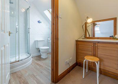 Bedroom #1 en-suite at Gwella, Roserrow, Polzeath