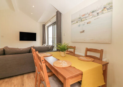 The dining area at Harbour View Retreat, Brixham