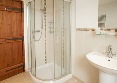 The shower room at Harvest Moon, Feniton