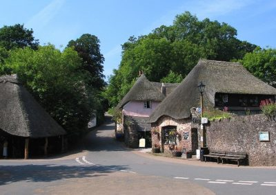 It's just a five minute walk from Higher Lodge into pretty & picturesque Cockington Village