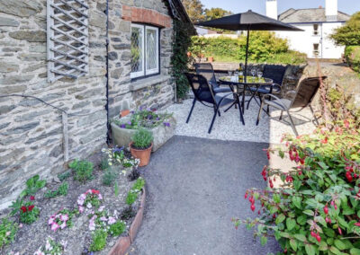 The patio at Hollerday Cottage, Lynton