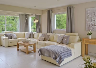 The living area at Honey Pippin, Horselake Farm Cottages, Cheriton Bishop