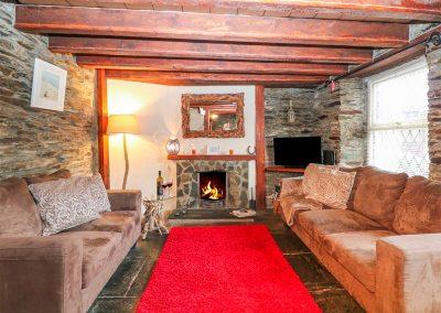 The living area at Horseshoe Cottage, Delabole