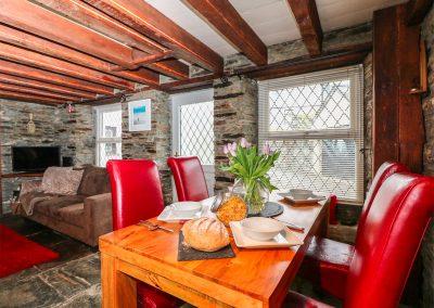 The dining area at Horseshoe Cottage, Delabole