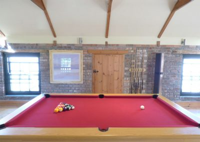 The pool table at Hybadore Coach House, Golant