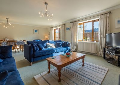 The living area at Keepers Cottage, Roserrow, Polzeath